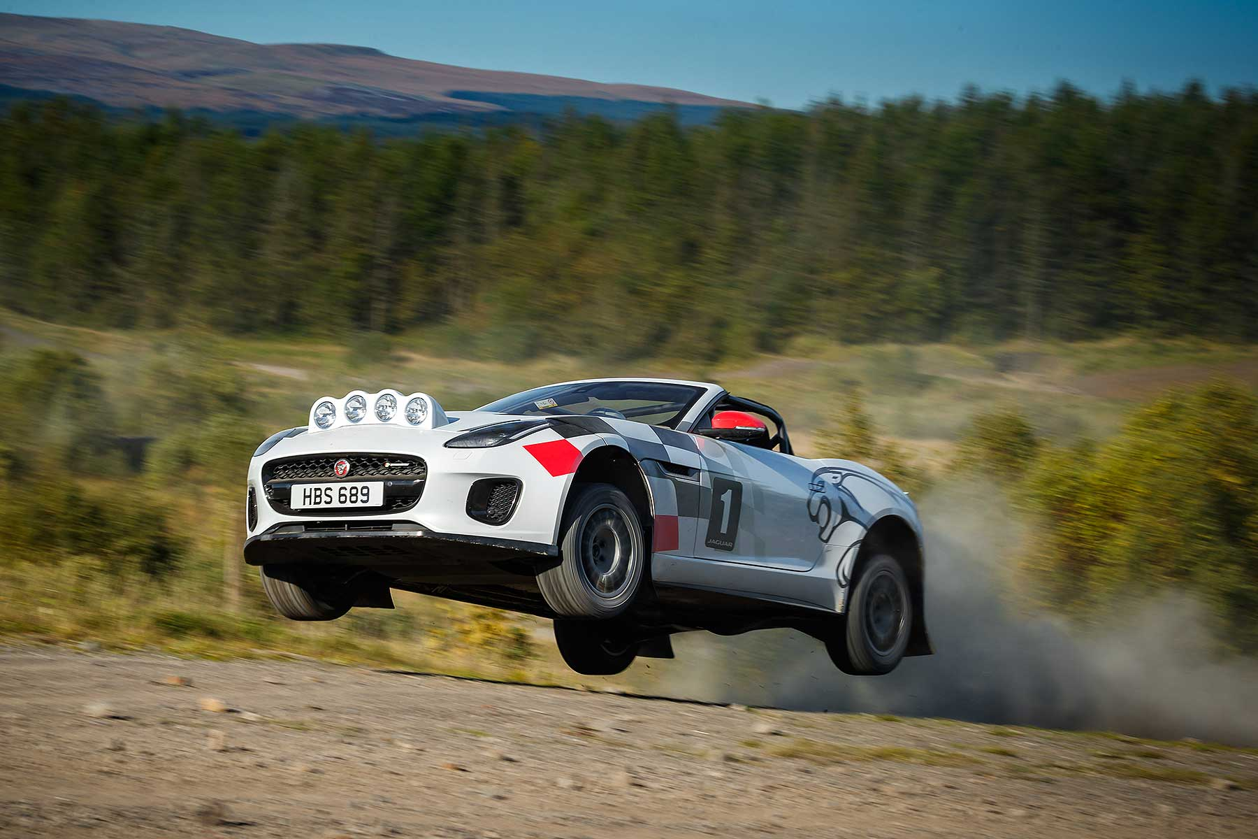 Jaguar F-Type rally car special