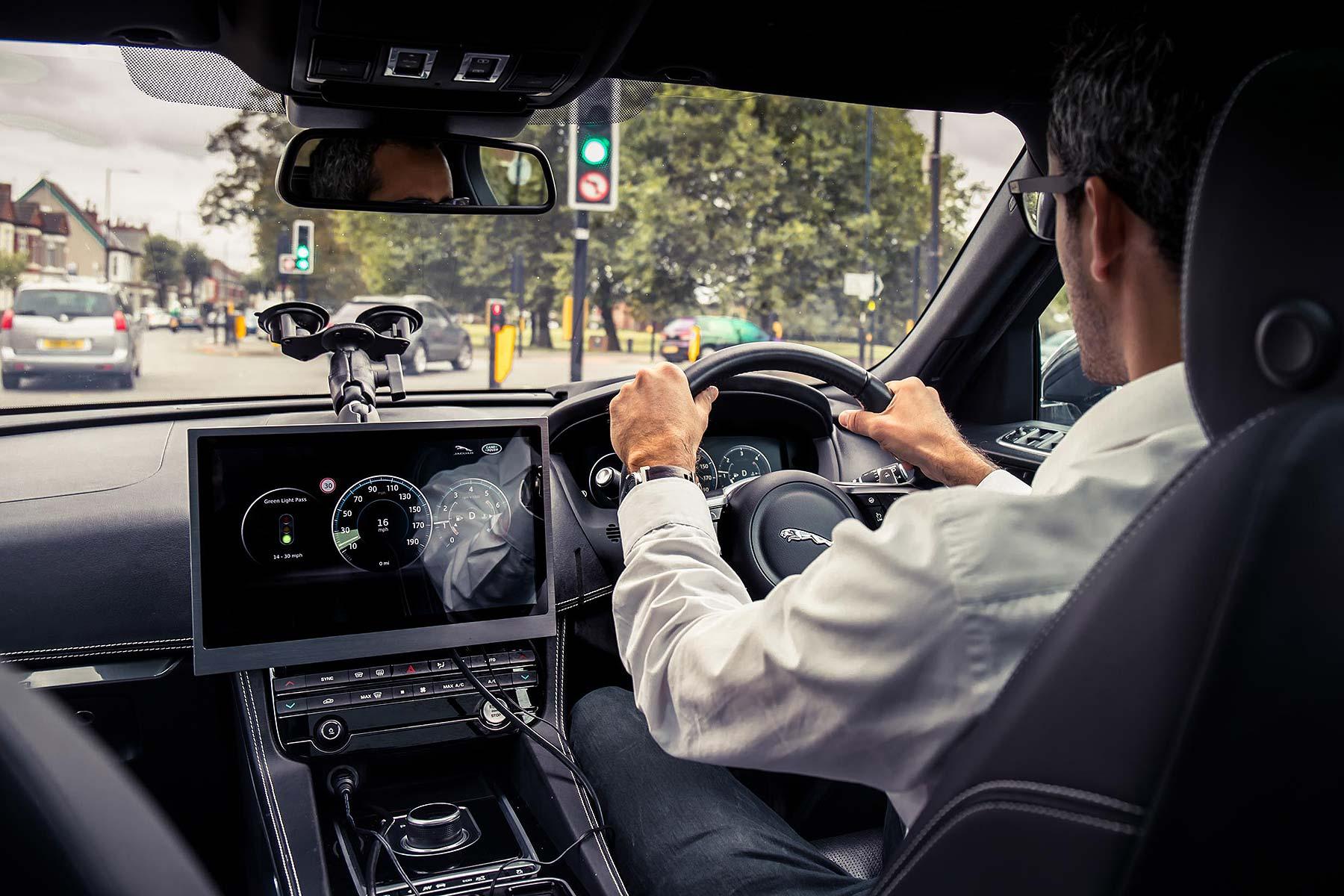 Jaguar Land Rover green traffic light technology