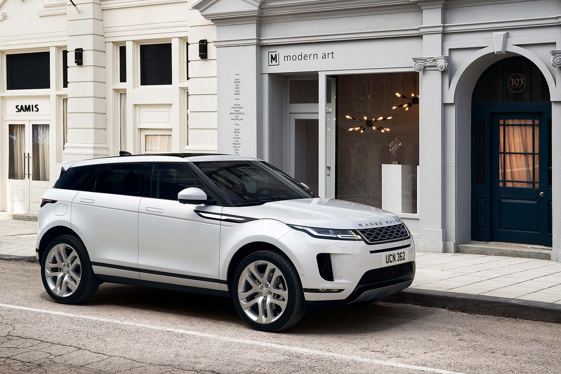 new 2019 range rover evoque revealed and ordering is. Black Bedroom Furniture Sets. Home Design Ideas