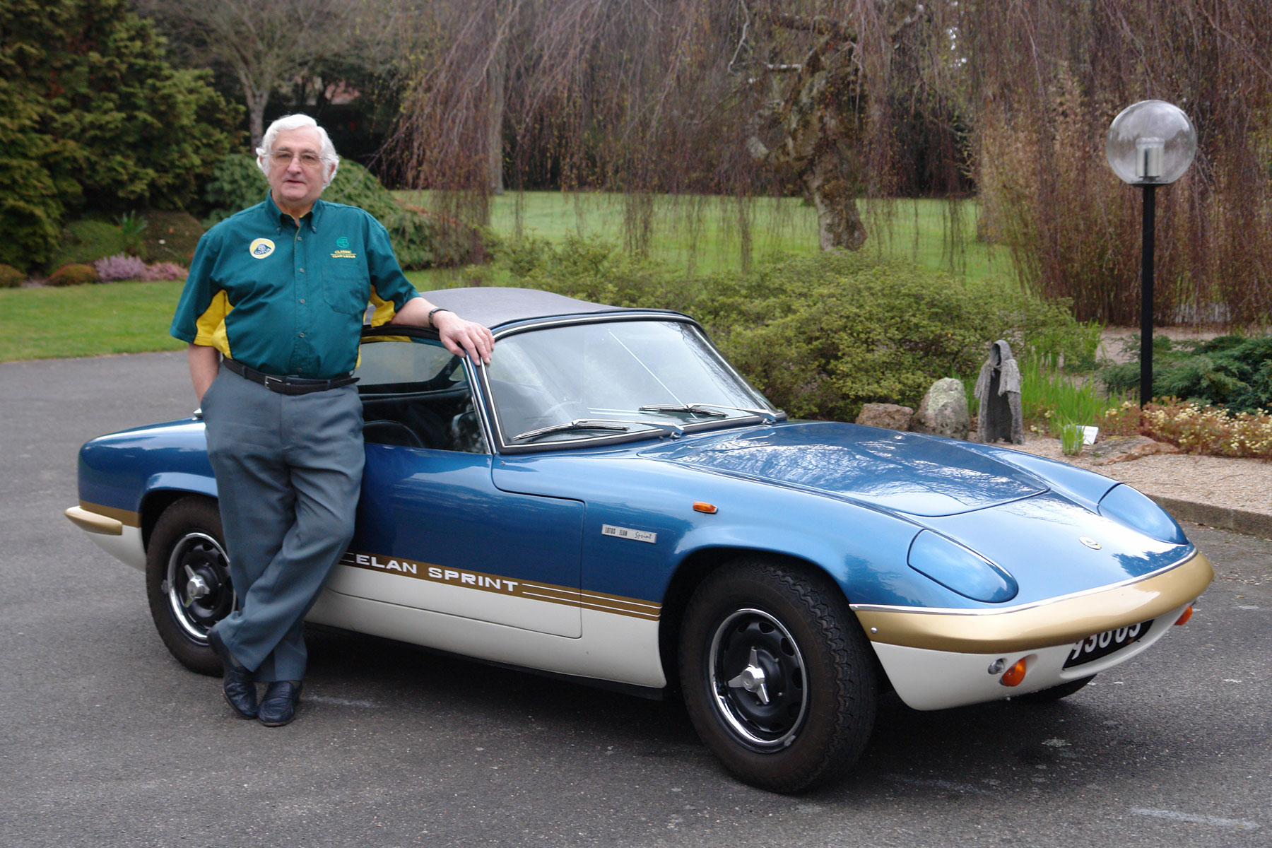 Ron Hickman with Lotus Elan Sprint