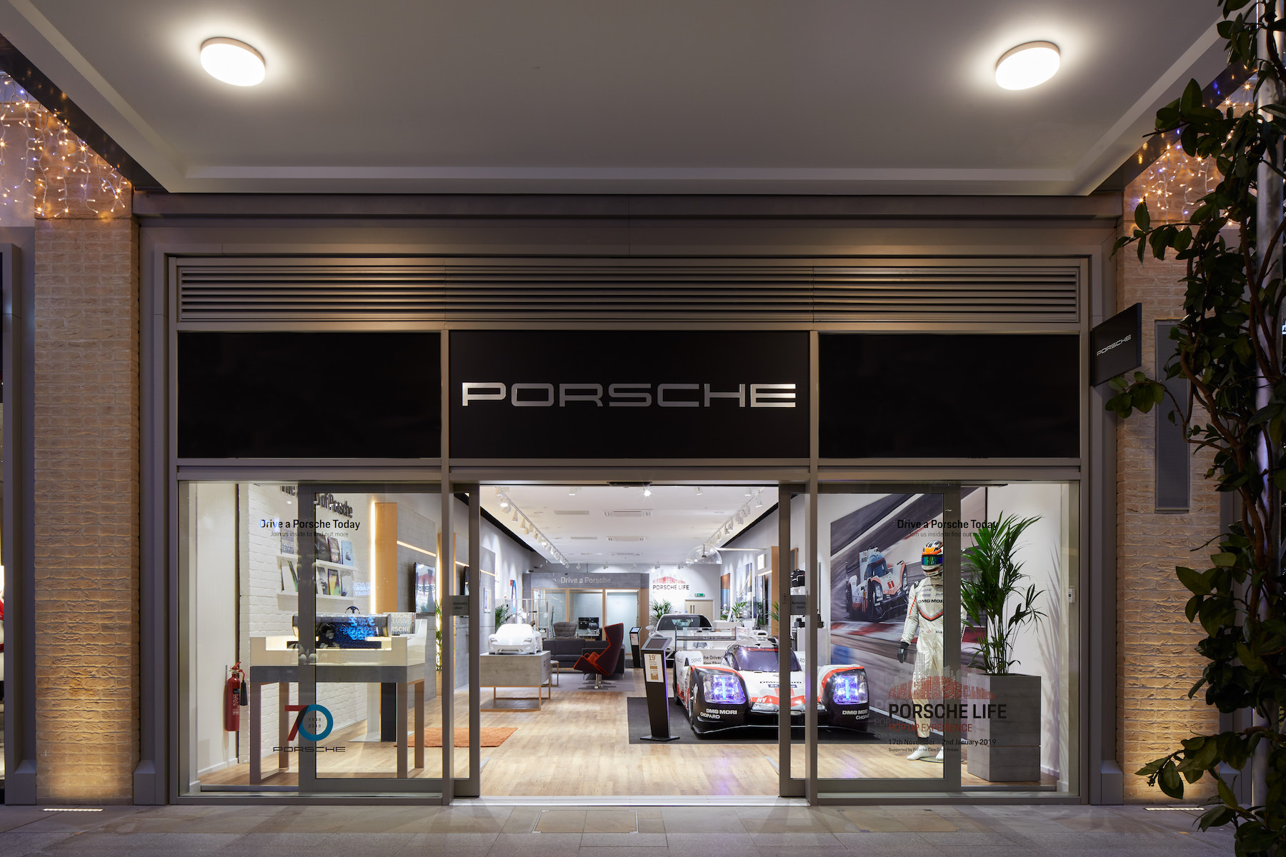 Hire A Porsche For The Weekend At New Pop Up Store