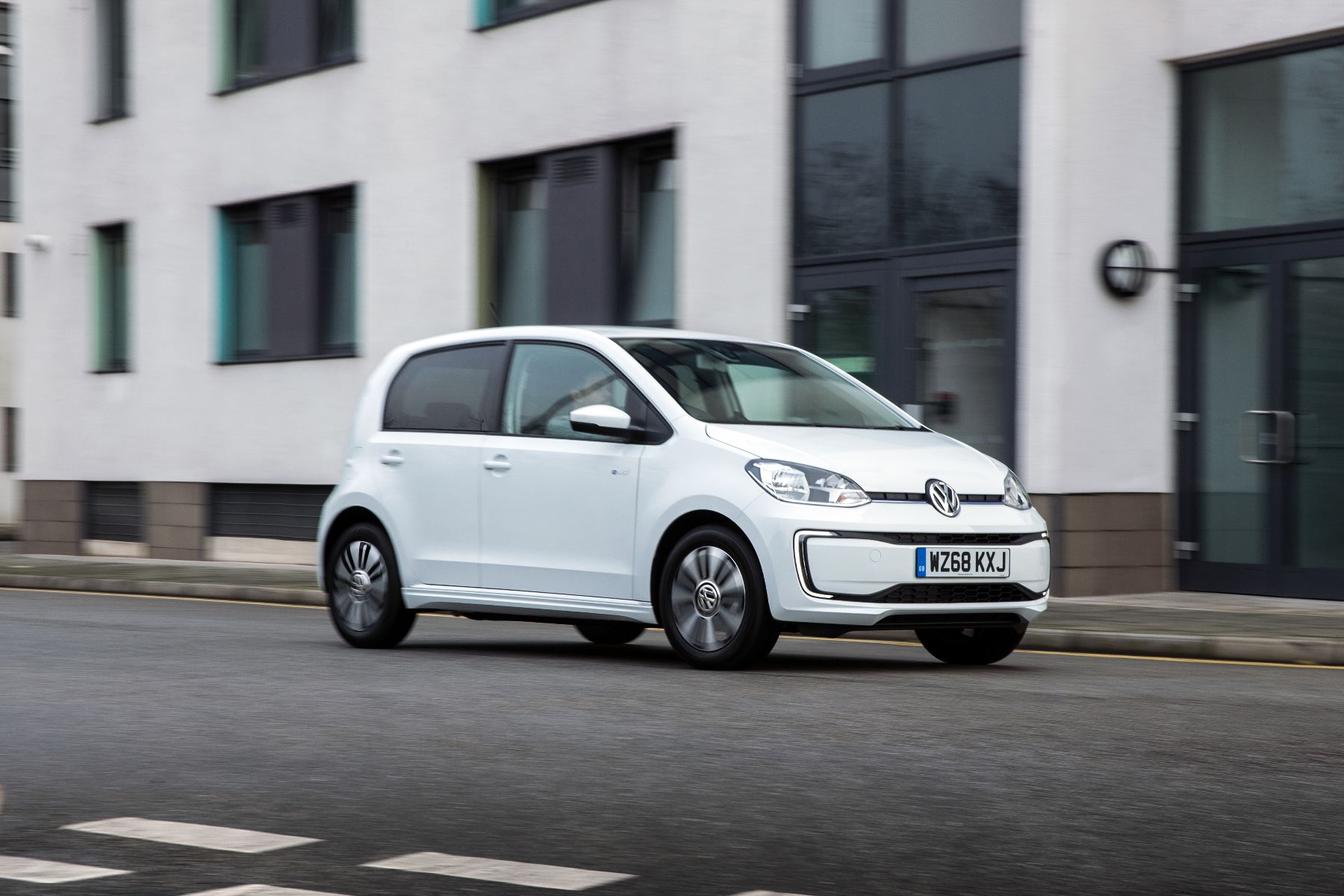 Volkswagen e-up price cut
