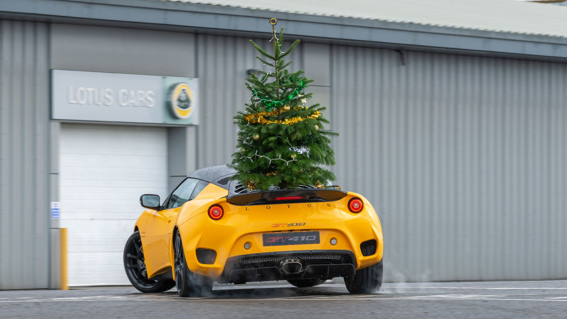 #DriftmasEvora Lotus GT410 Sport rear with Christmas tree