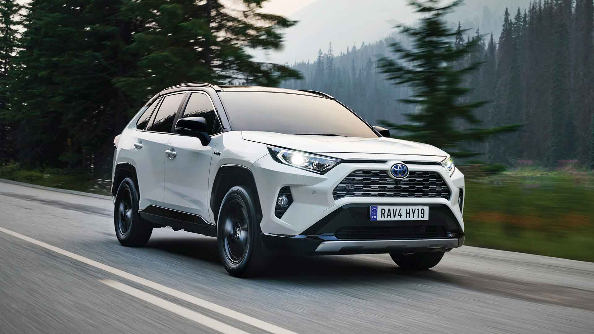 2019 Toyota Rav4 Review A Return To Its Rugged Suv Roots