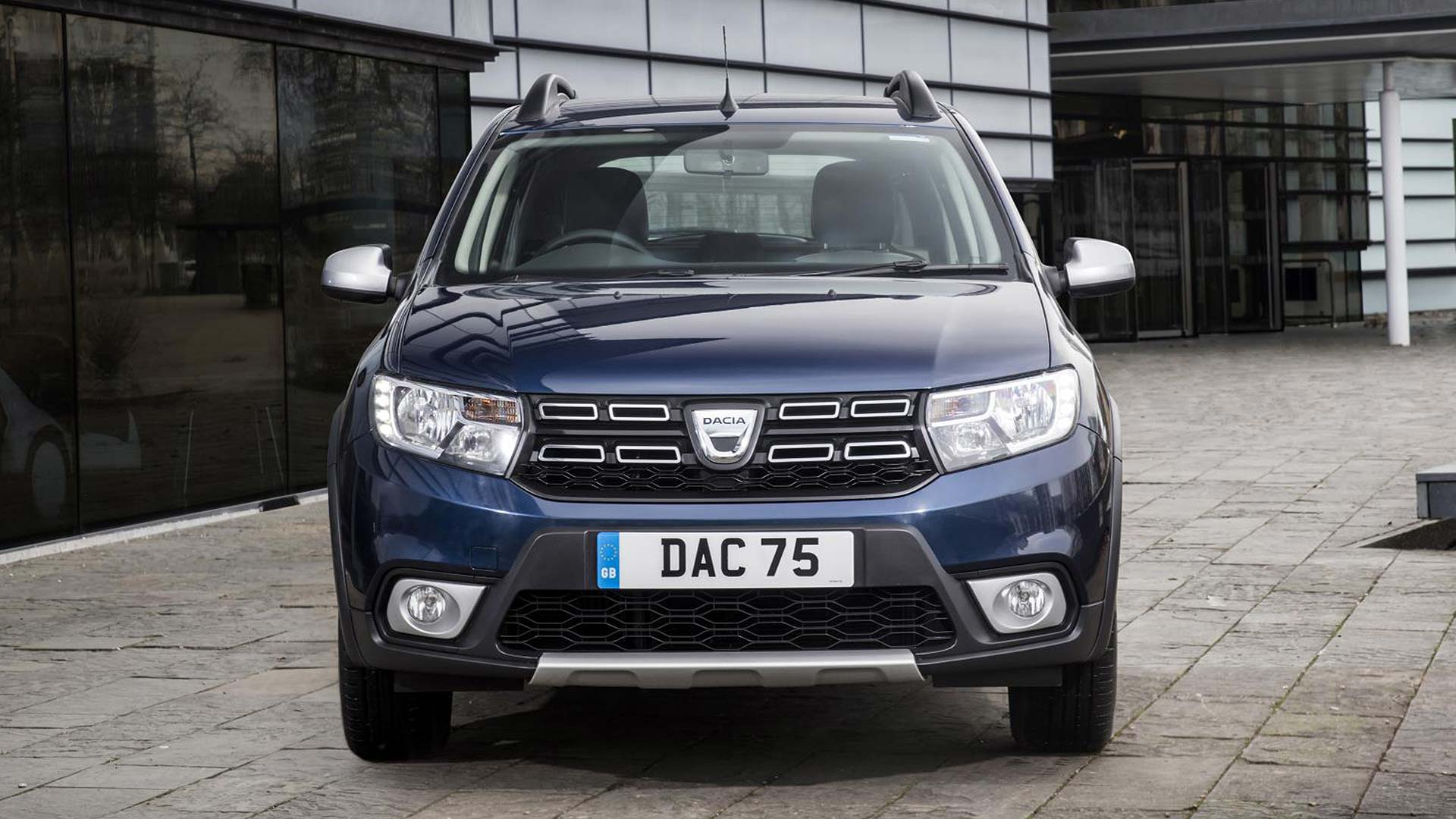dacia sandero stepway gets essential value for 2019 motoring research. Black Bedroom Furniture Sets. Home Design Ideas