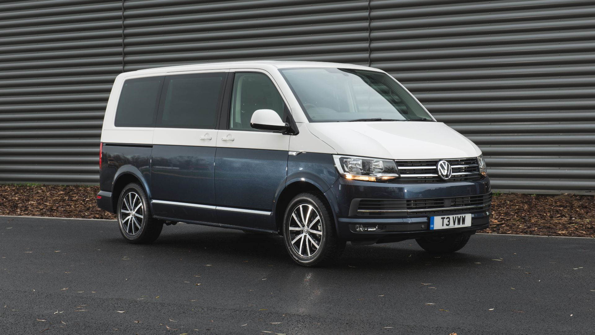 Volkswagen £1,000 off commercial vehicles