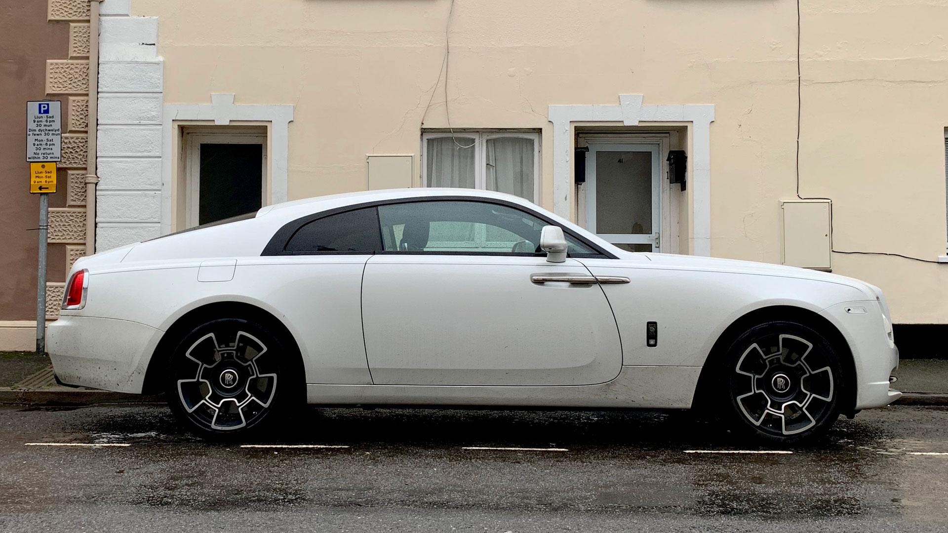 Rolls-Royce Wraith Black Badge Llandovery
