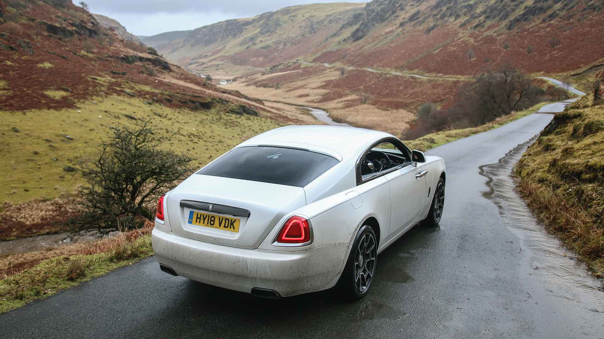 Rolls-Royce Wraith Black Badge Abergwesyn Pass
