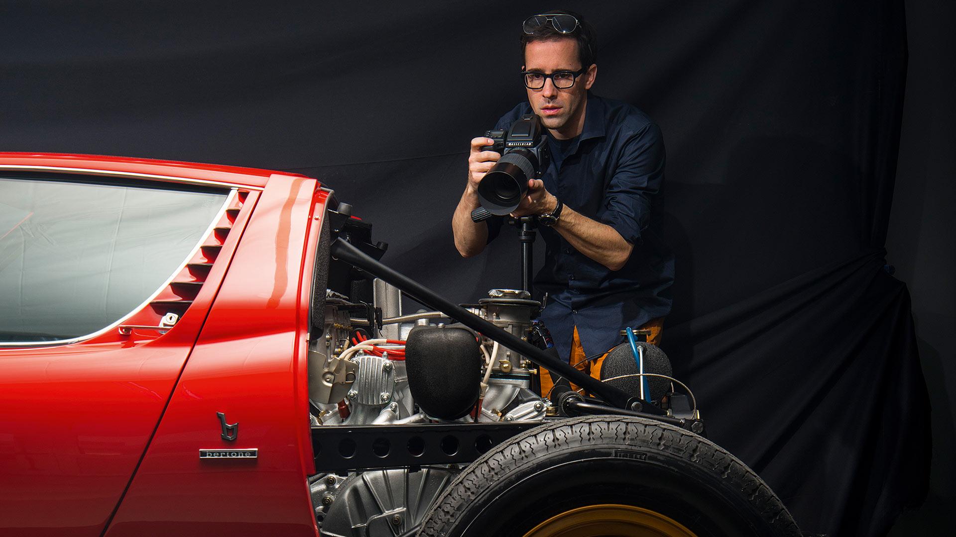 Photographer Makes Lamborghini Miura SV Explode