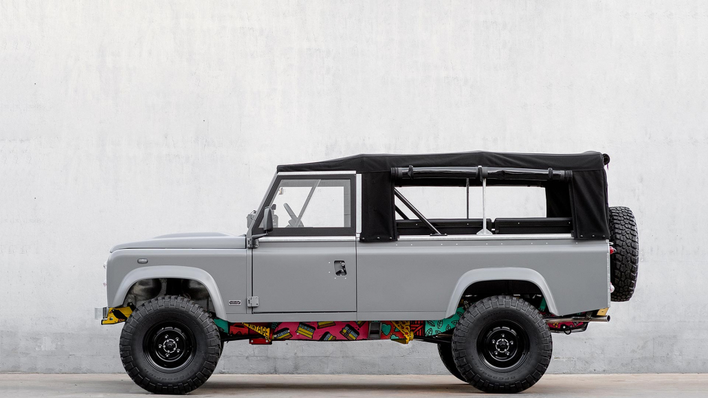 this land rover defender is screwed up in a beautiful way. Black Bedroom Furniture Sets. Home Design Ideas