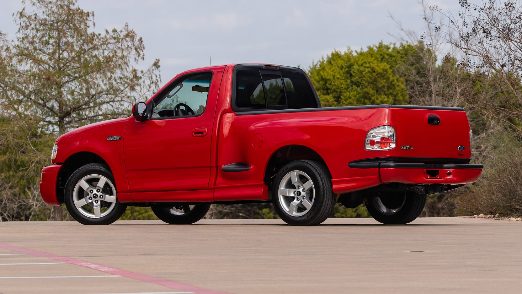 2002 Ford F150 SVT Lightning Pickup