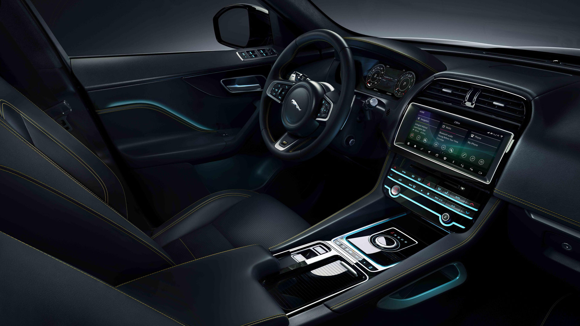 Jaguar F-Pace 300 Sport interior