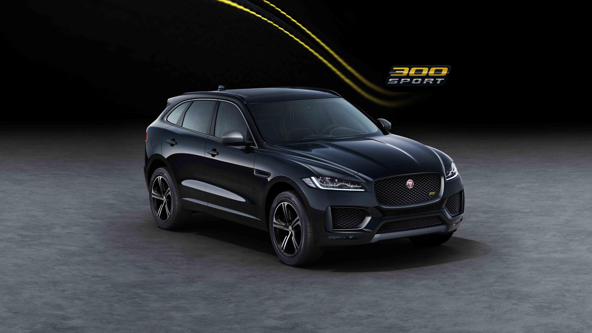 jaguar f pace 300 sport and chequered flag editions. Black Bedroom Furniture Sets. Home Design Ideas