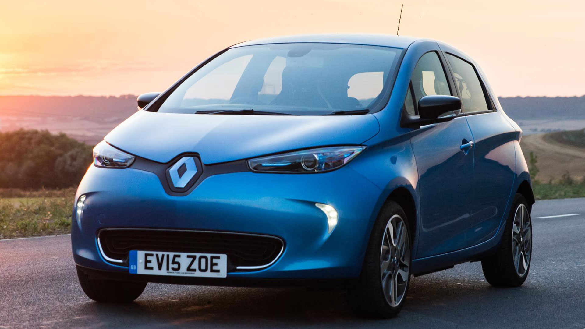 39fc70ee1f52 Spark of interest  used electric car price soars by 50%