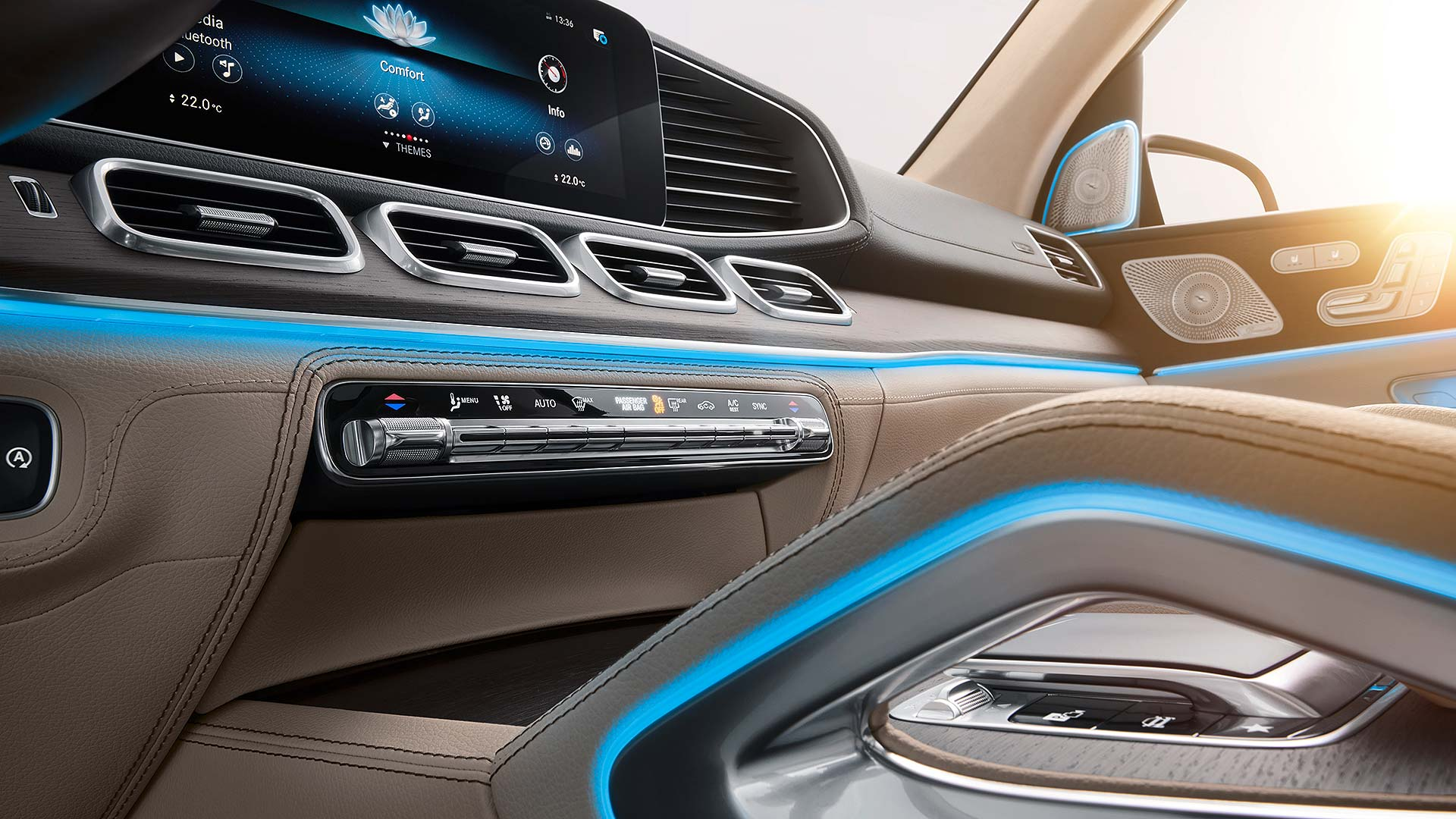 10 Mercedes-Benz GLS NYIAS