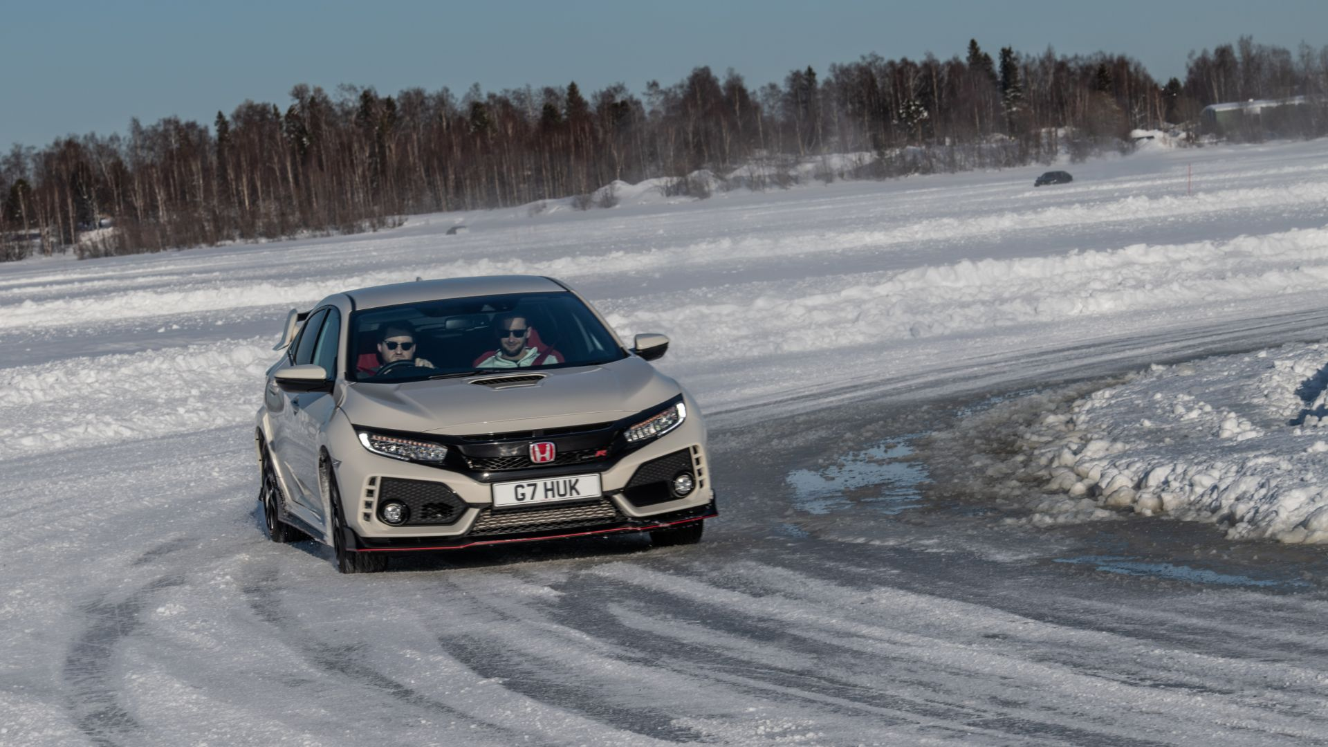 Honda Civic ice driving