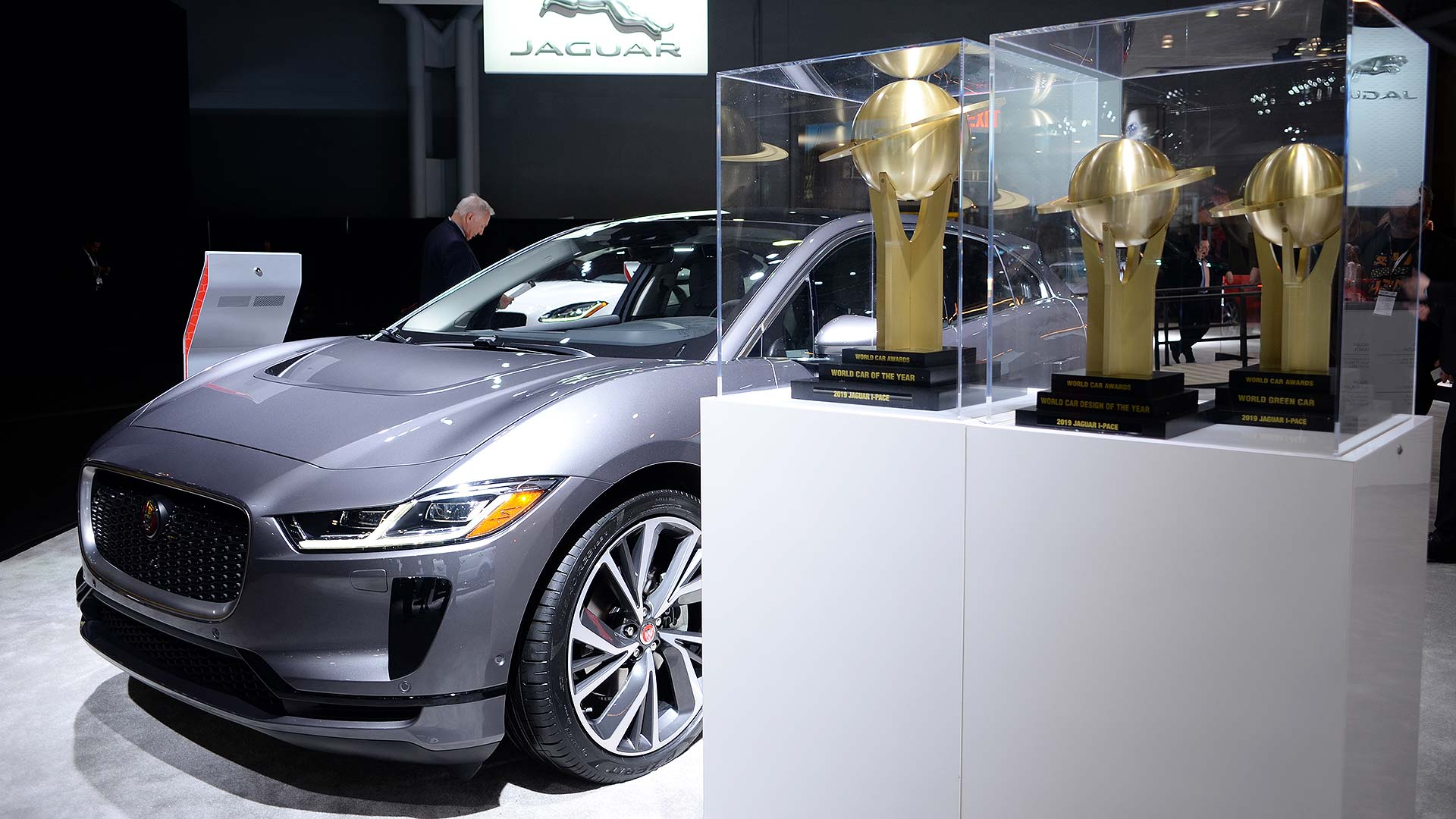 af93d5f3ef There were headlines even before the New York Auto Show had officially  opened