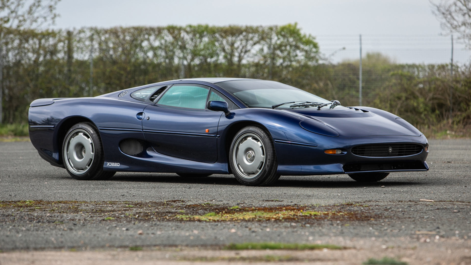Jaguar XJ220s and super-rare custom XJS star at May auction