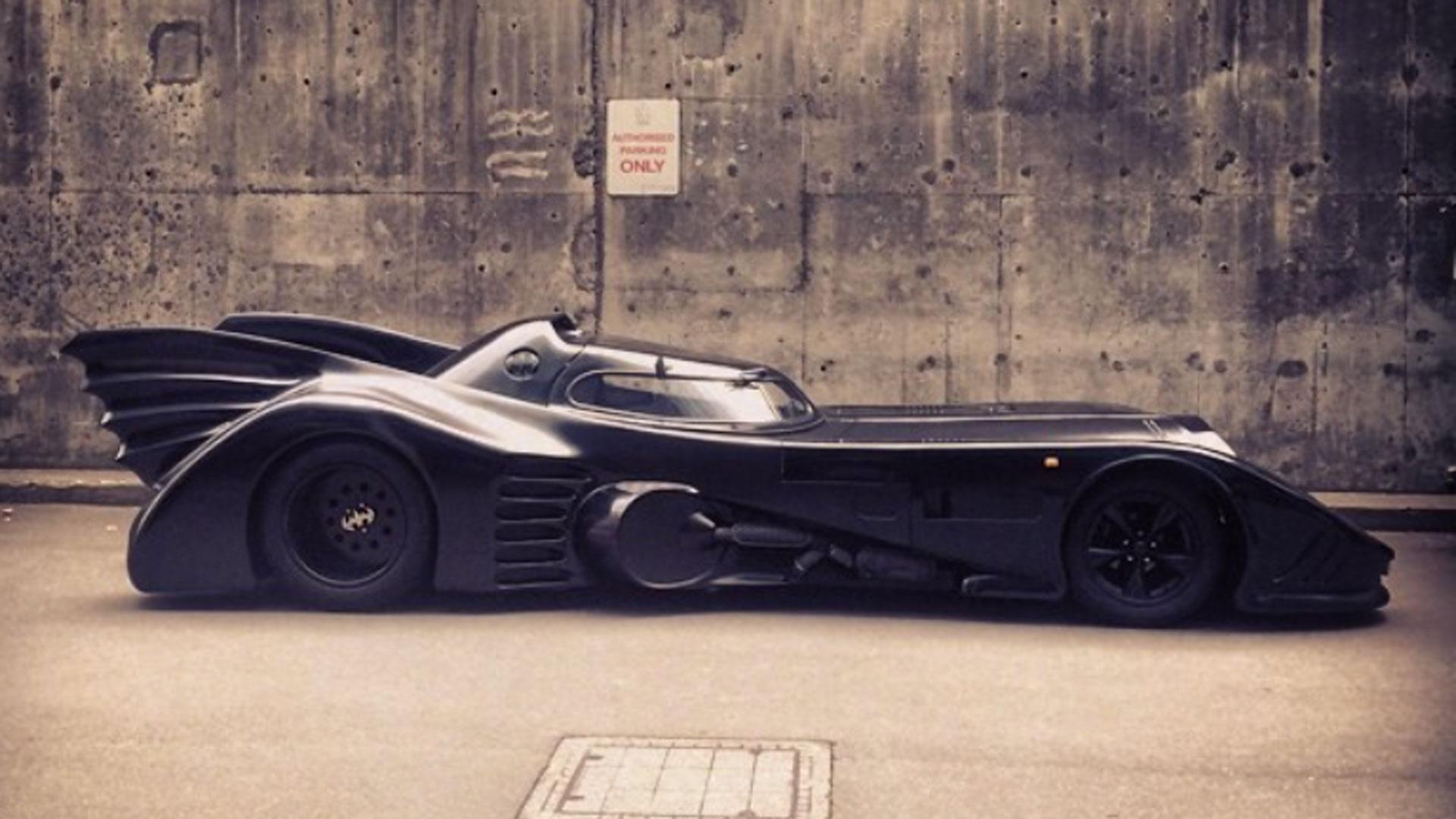 Tim Burton Batmobile replica