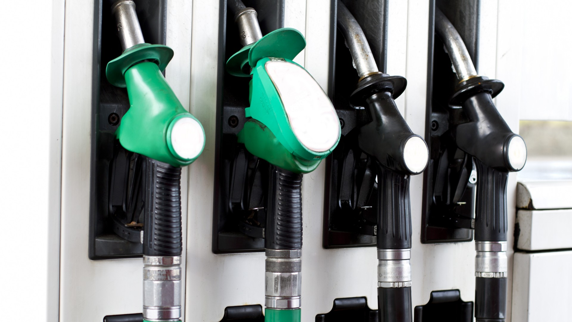 Finding the cheapest petrol and diesel