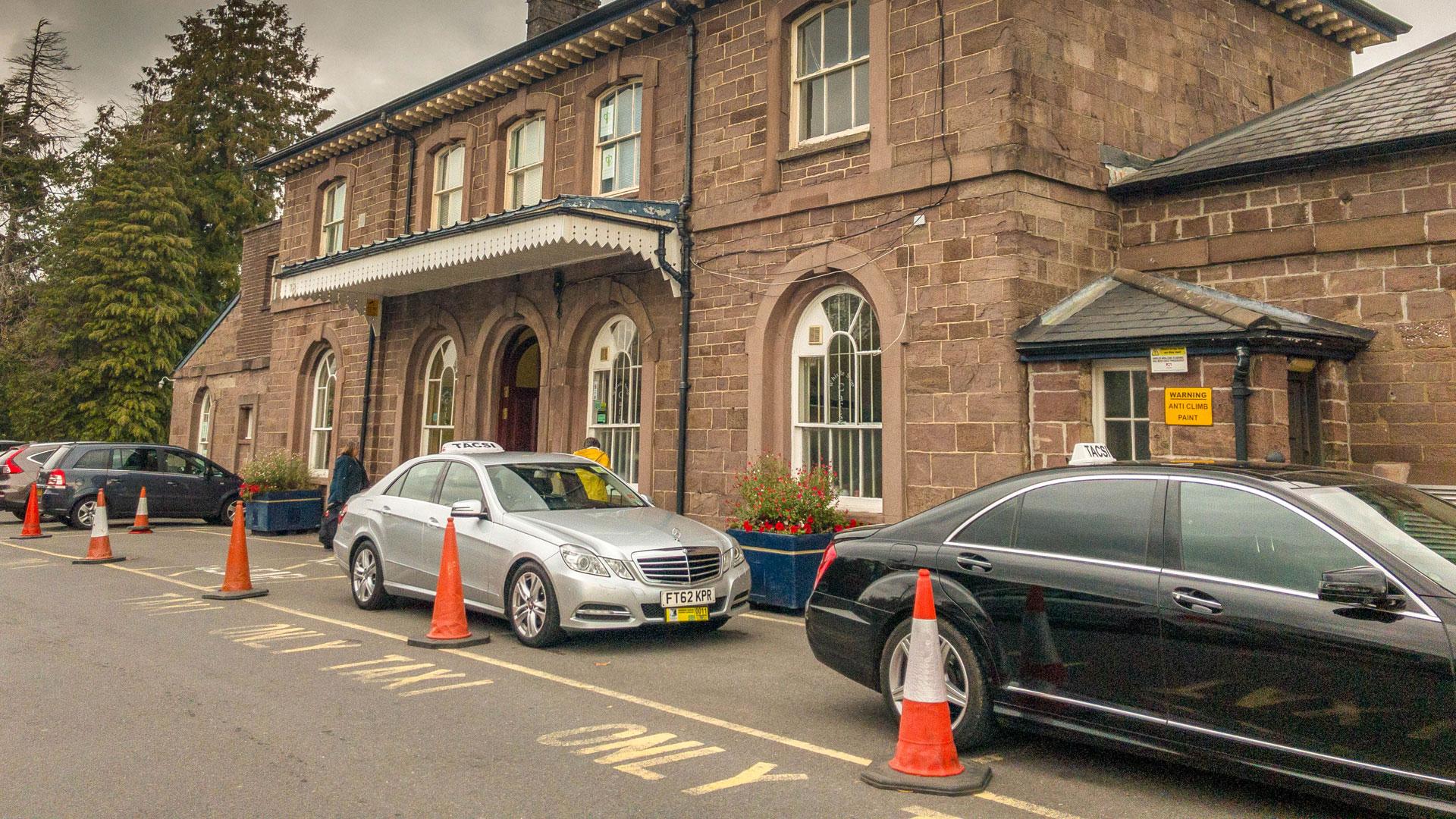 Taxi cabs Abergavenny