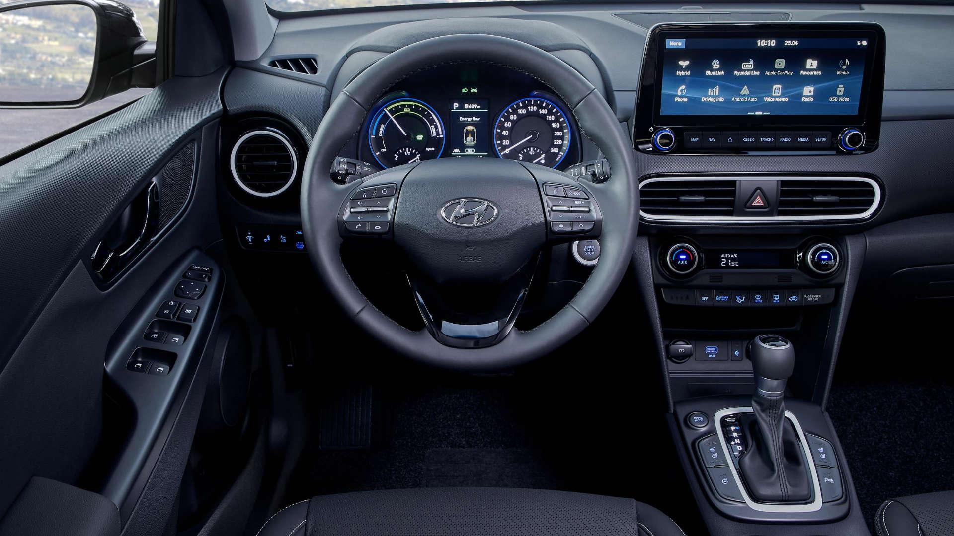 Hyundai Kona Hybrid interior