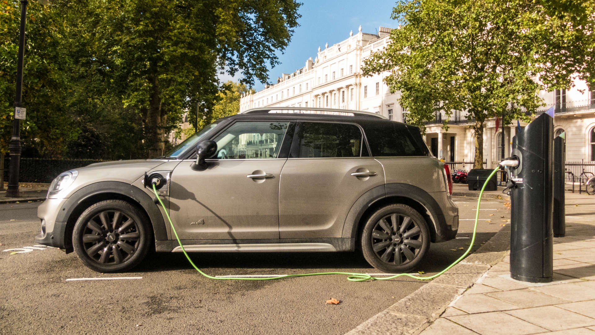 Mini Countryman PHEV charging in London