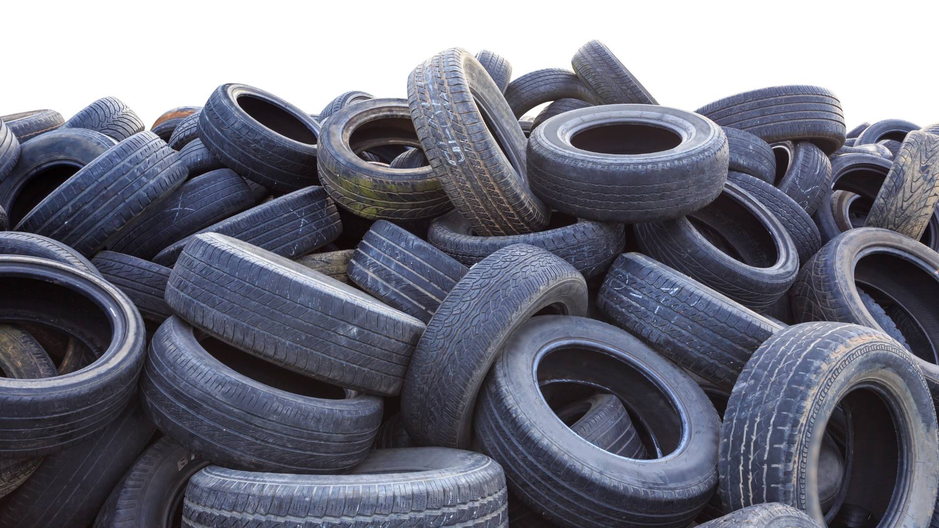 Used tyres to be used to lay new roads