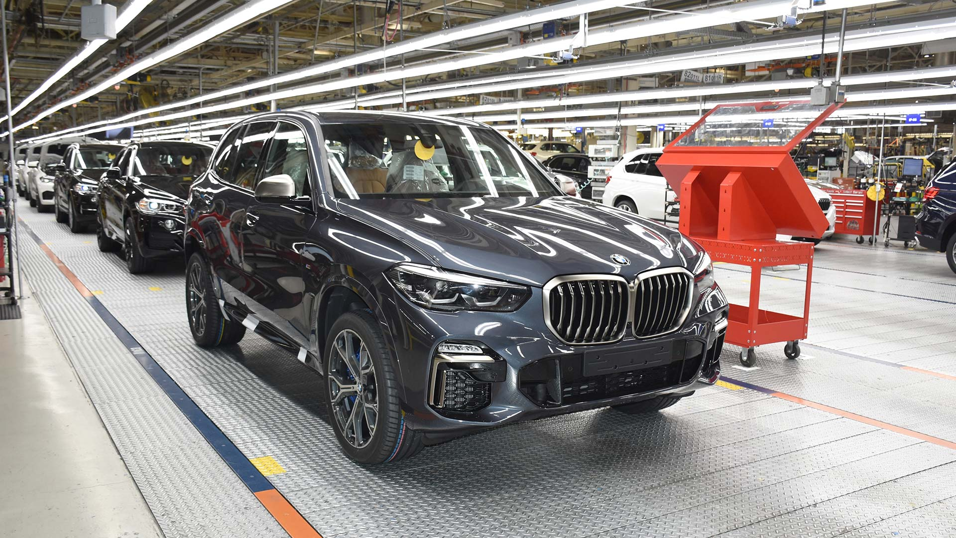 BMW adds extra battery capacity to US plant
