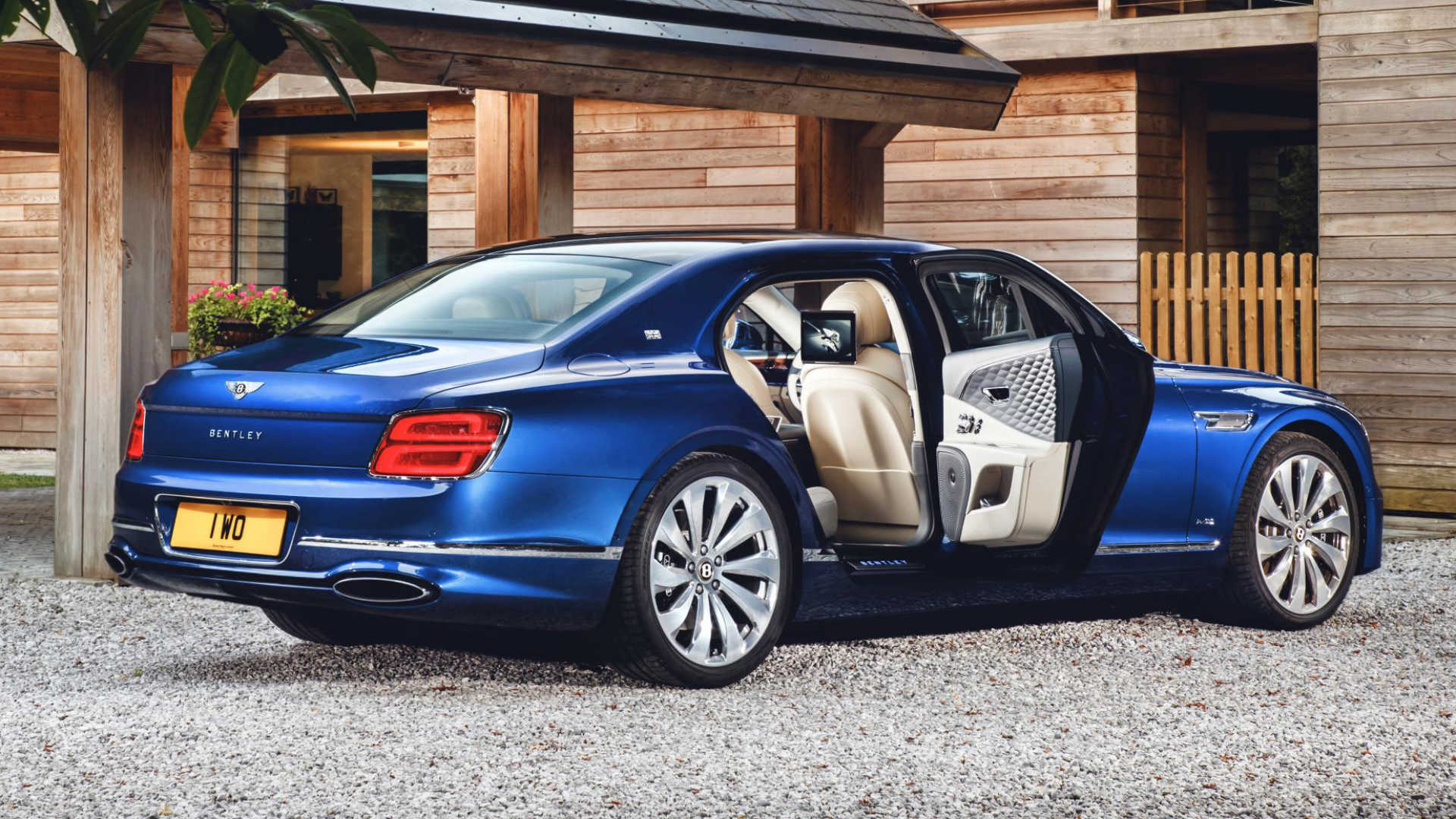 Bentley Flying Spur First Edition rear