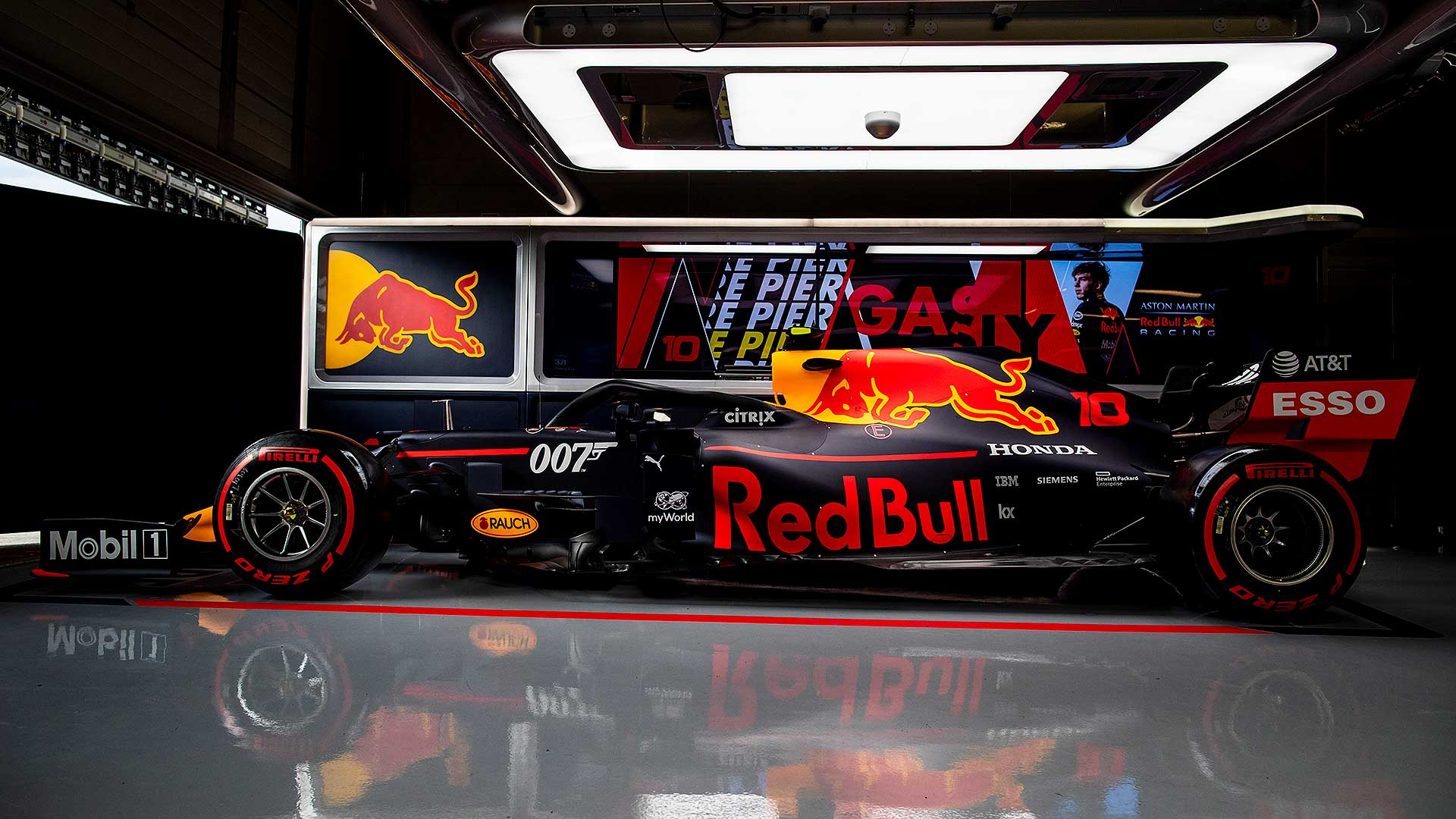 Bond Theme For Red Bull F1 Racers At Silverstone Gp Motoring Research