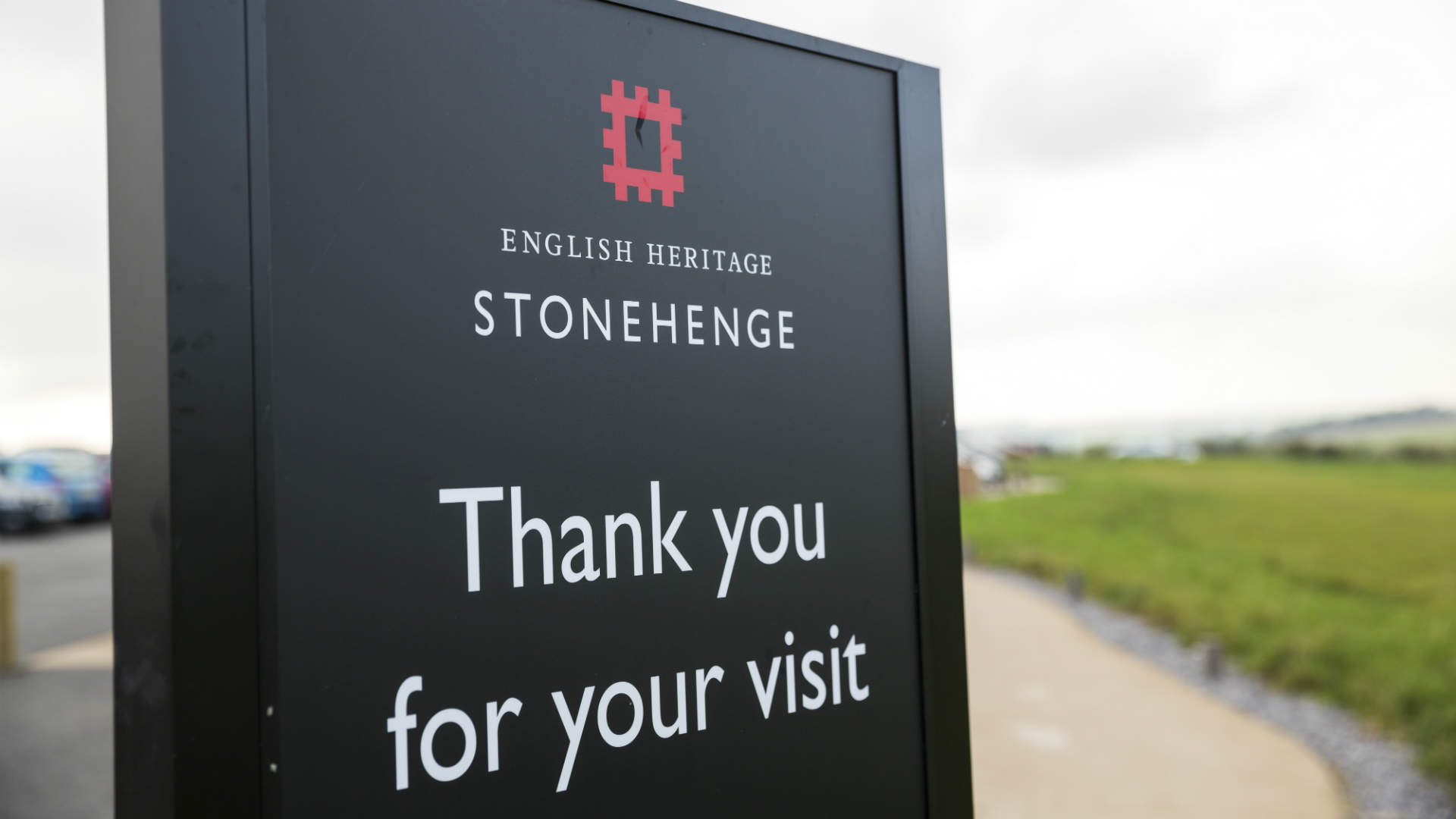 Stonhenge visitor sign