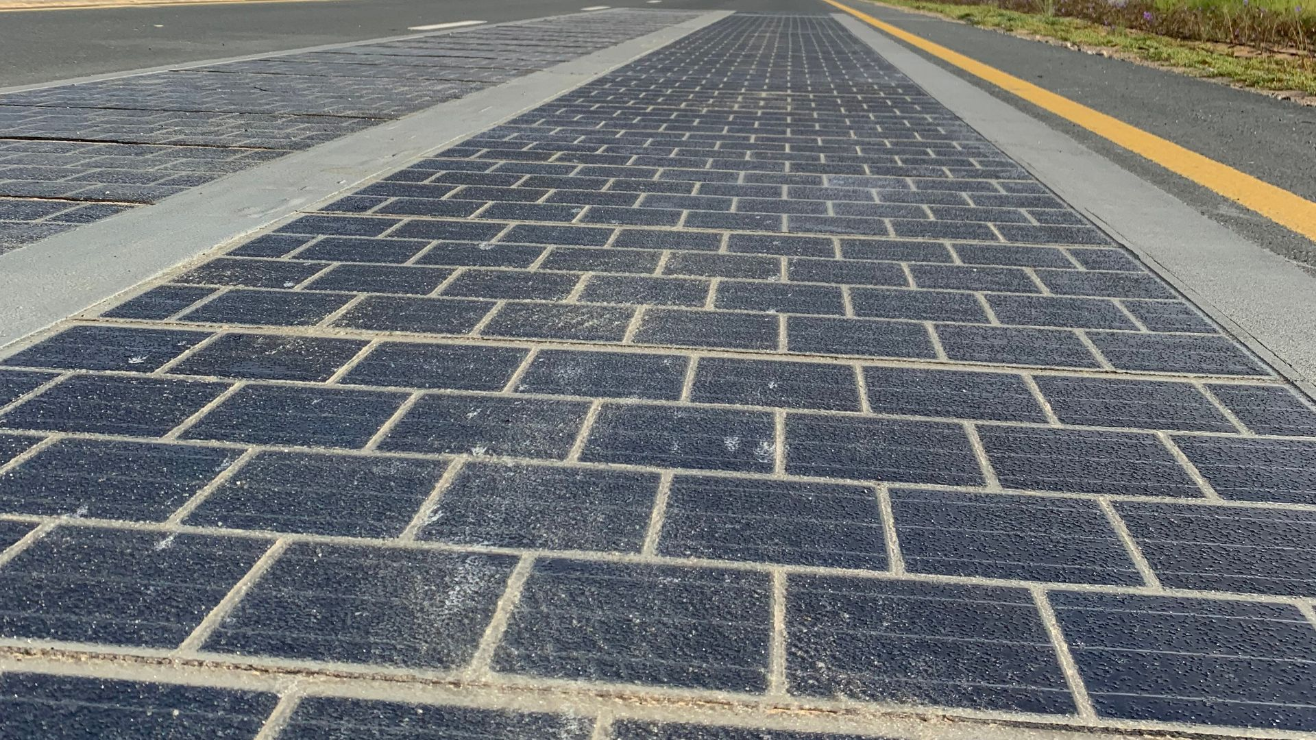 French solar road a failure
