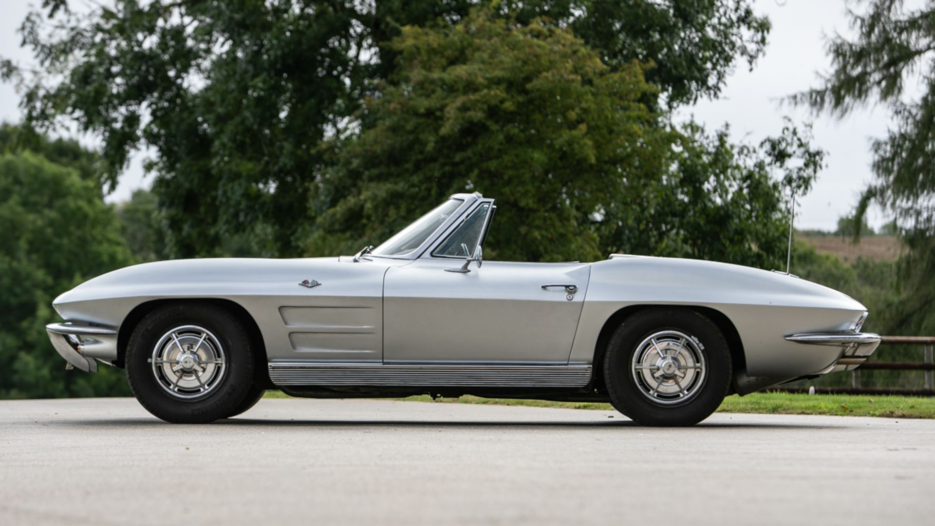 Cliff Richard Corvette for sale