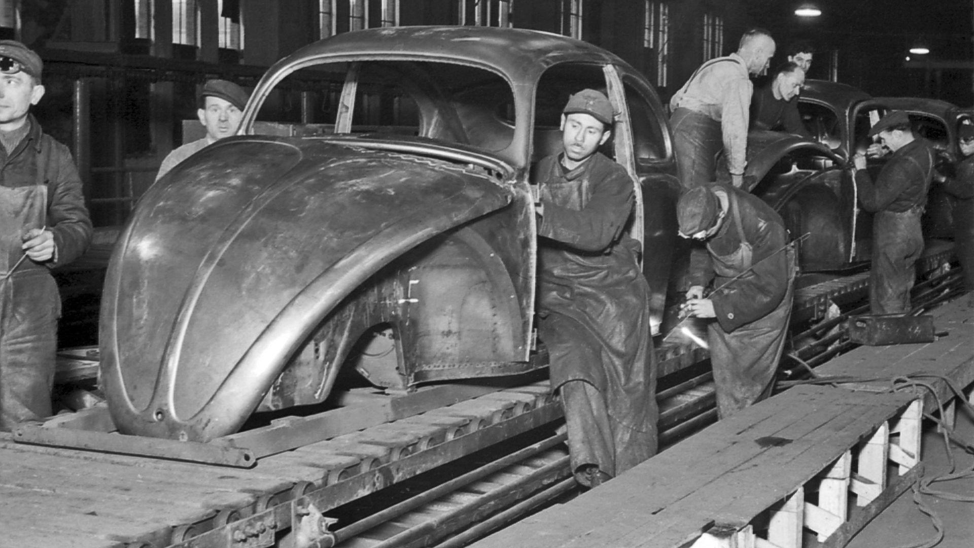 Volkswagen handover to Germany 70 years ago