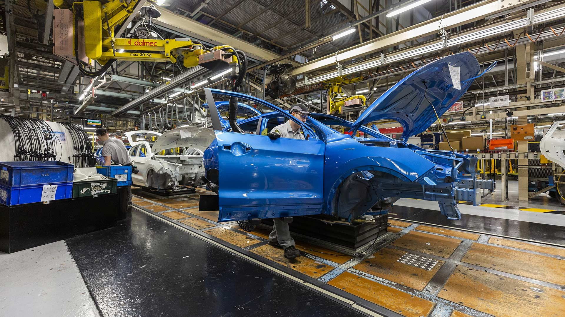 Nissan to review Qashqai production for Brexit