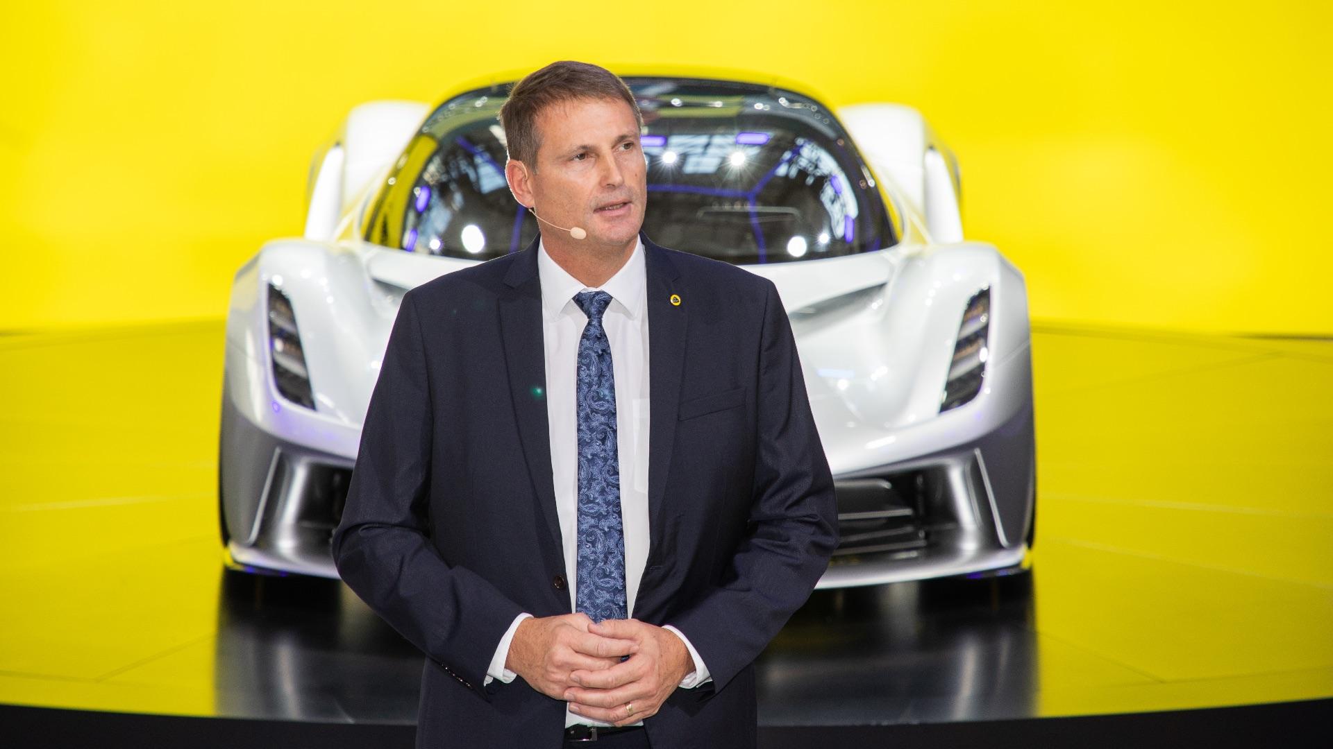 https://www.motoringresearch.com/wp-content/uploads/2019/12/Guangzhou-Auto-Show-CEO-Lotus-Cars-Phil-Popham.jpg