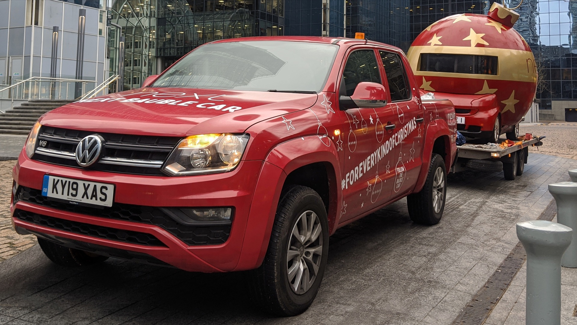 Volkswagen Amarok Next Christmas bauble