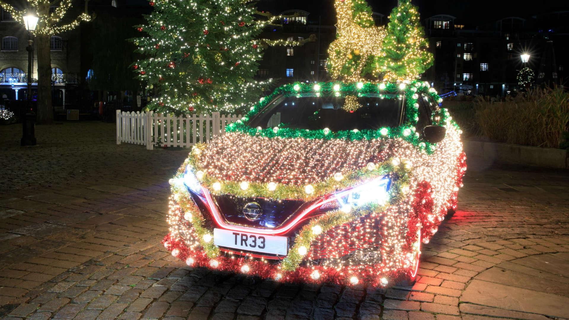 Nissan Leaf mobile Christmas tree