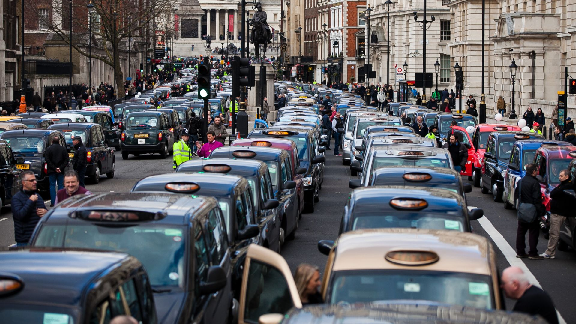 Uber licence loss sees taxi costs rise 21 percent