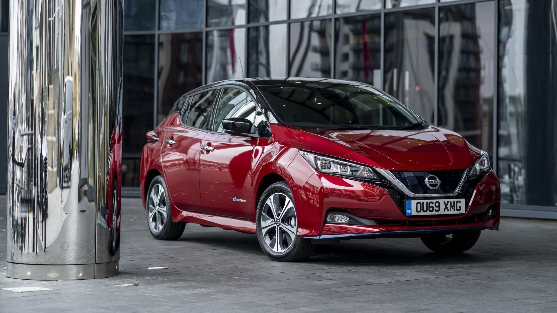 Leasing A Car Through Uber >> Nissan partners with Uber to electrify London fleet | Motoring Research