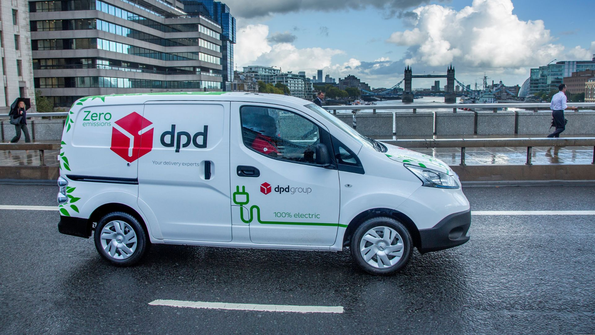 DPD to take delivery of 300 electric Nissan vans