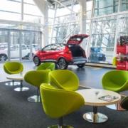 Renault UK new car dealer