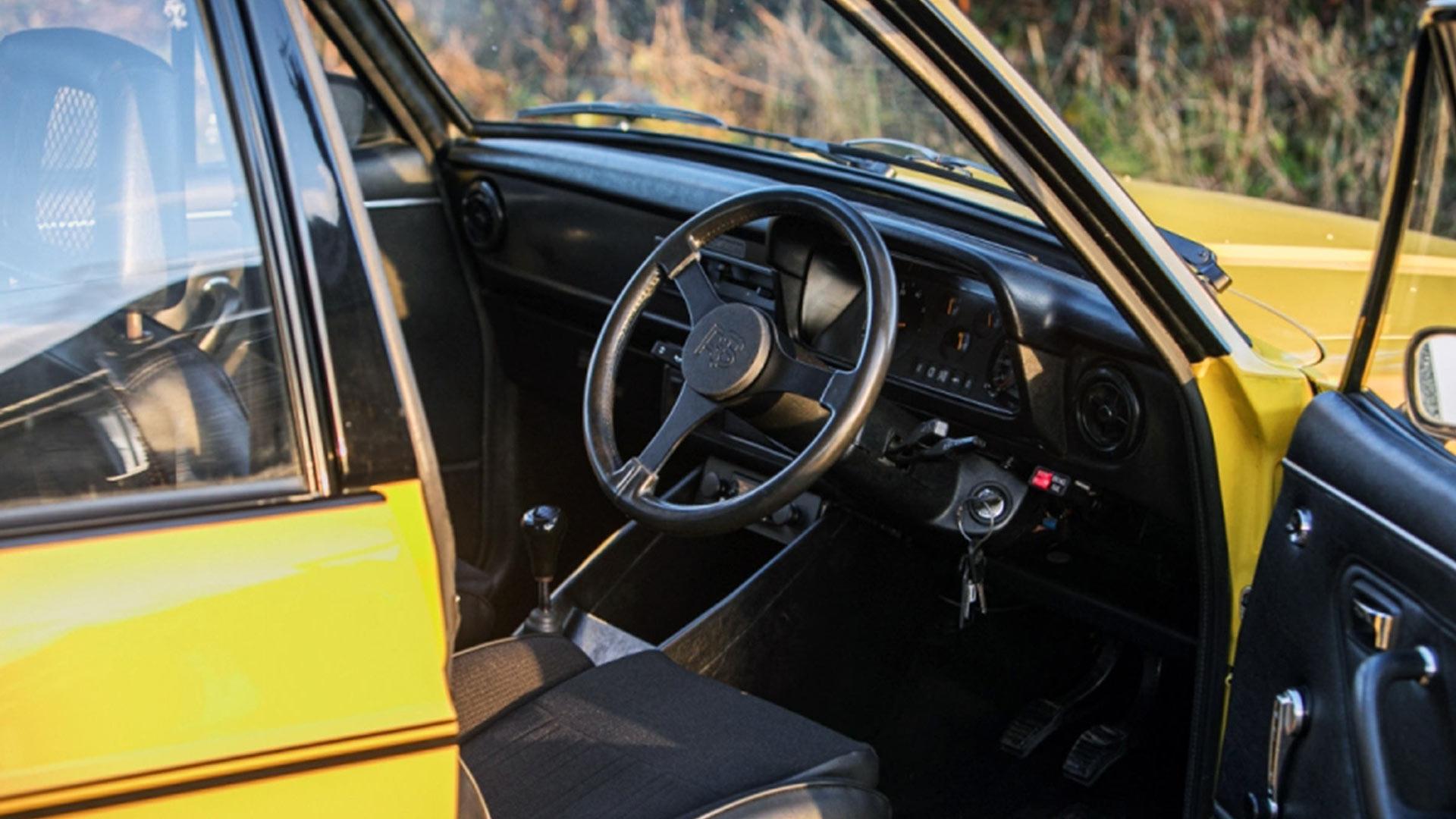 Race Retro 1979 Oz Ford Escort RS2000