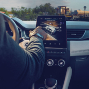 Renault owners can control their home from the car
