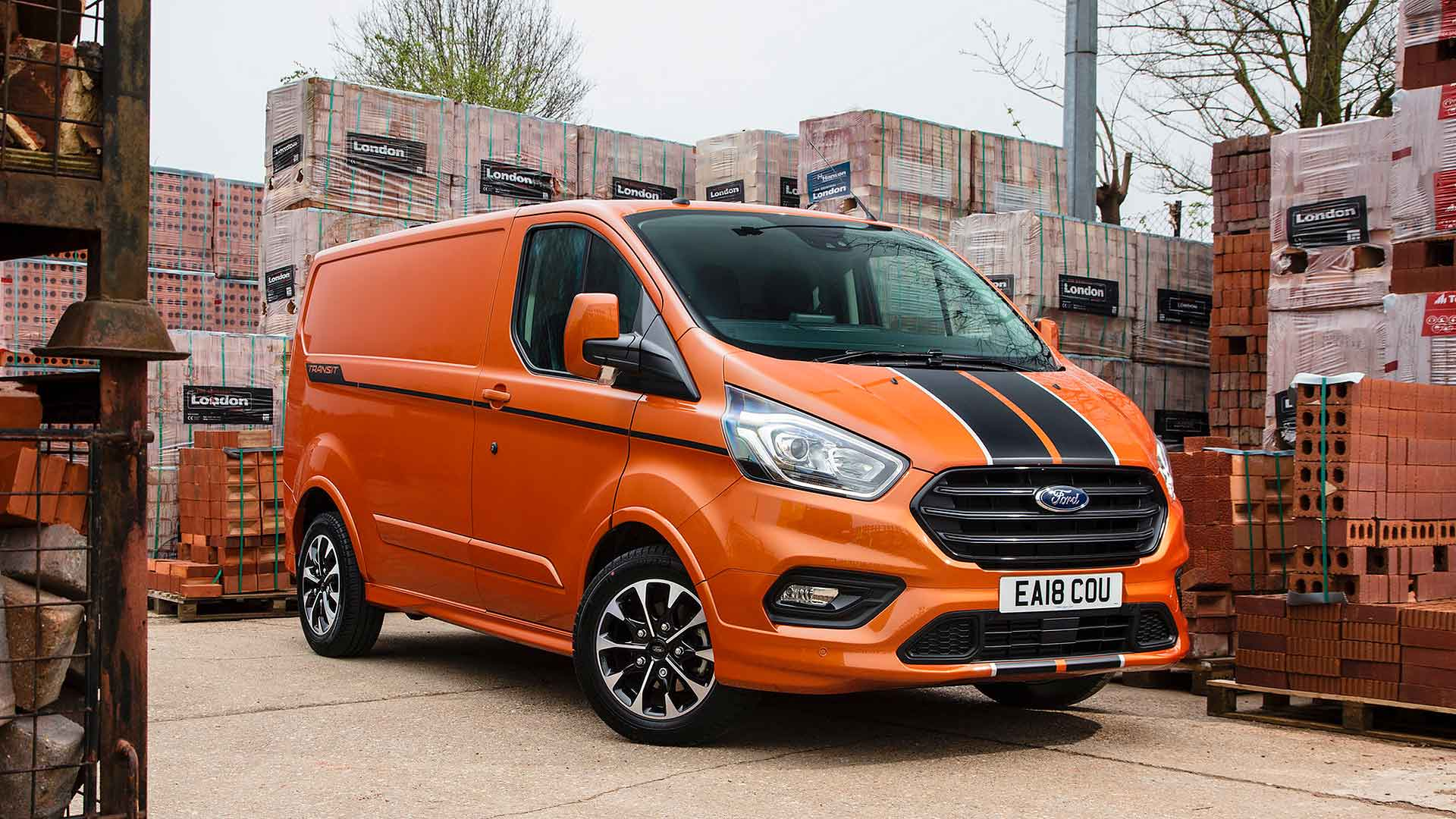 Ford Transit Custom >> Ford Transit Custom Van Is Britain S Third Best Selling Vehicle