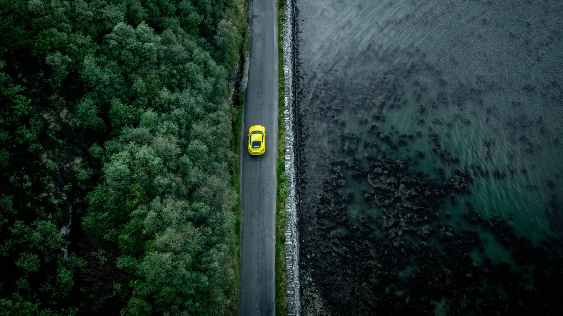 Porsche Roads app guides you to the best driving routes