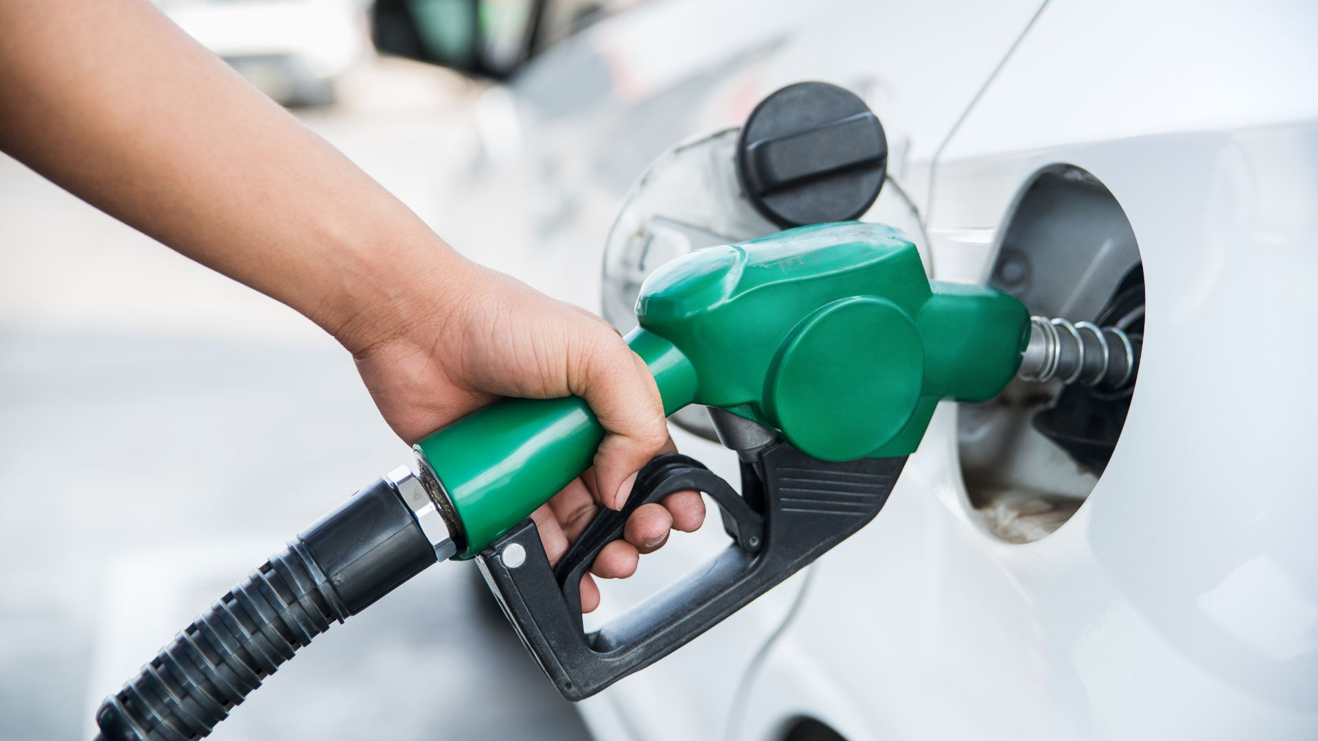 petrol pumps sexist, says London motorist