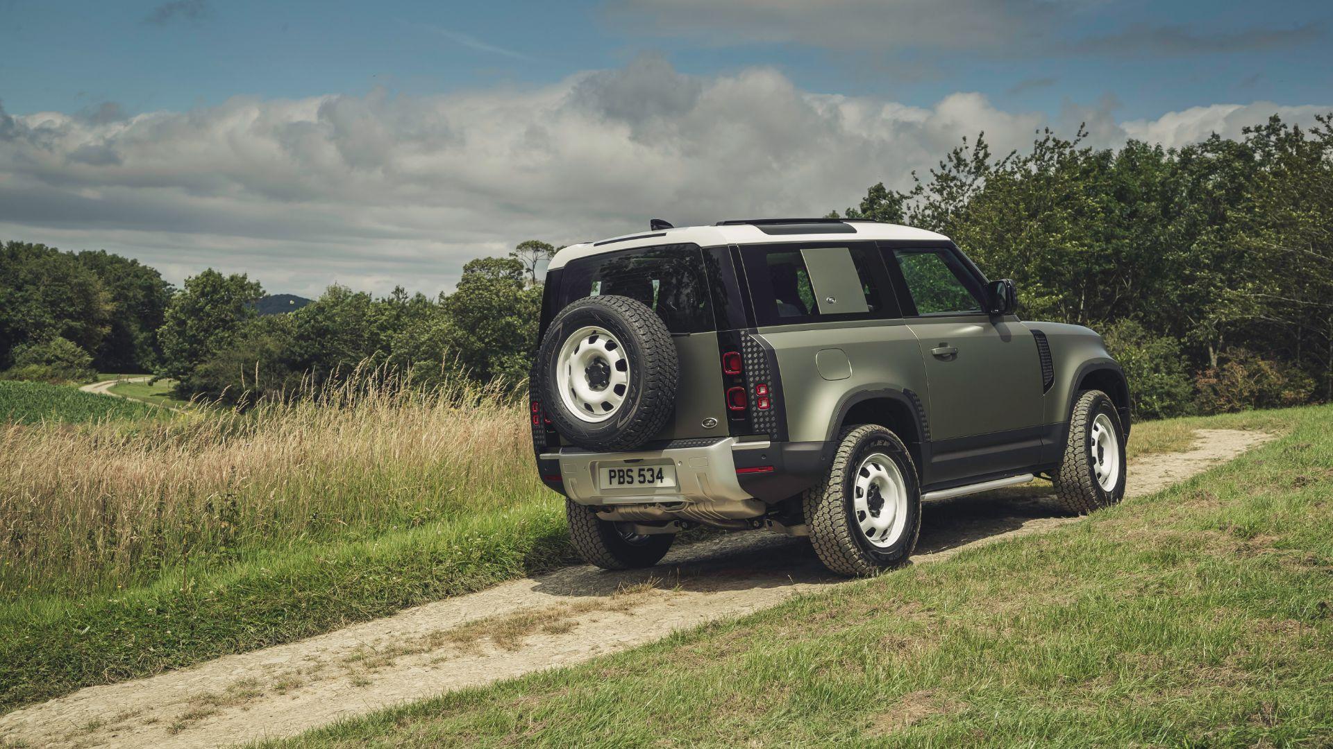 Land Rover Defender 90 price revealed