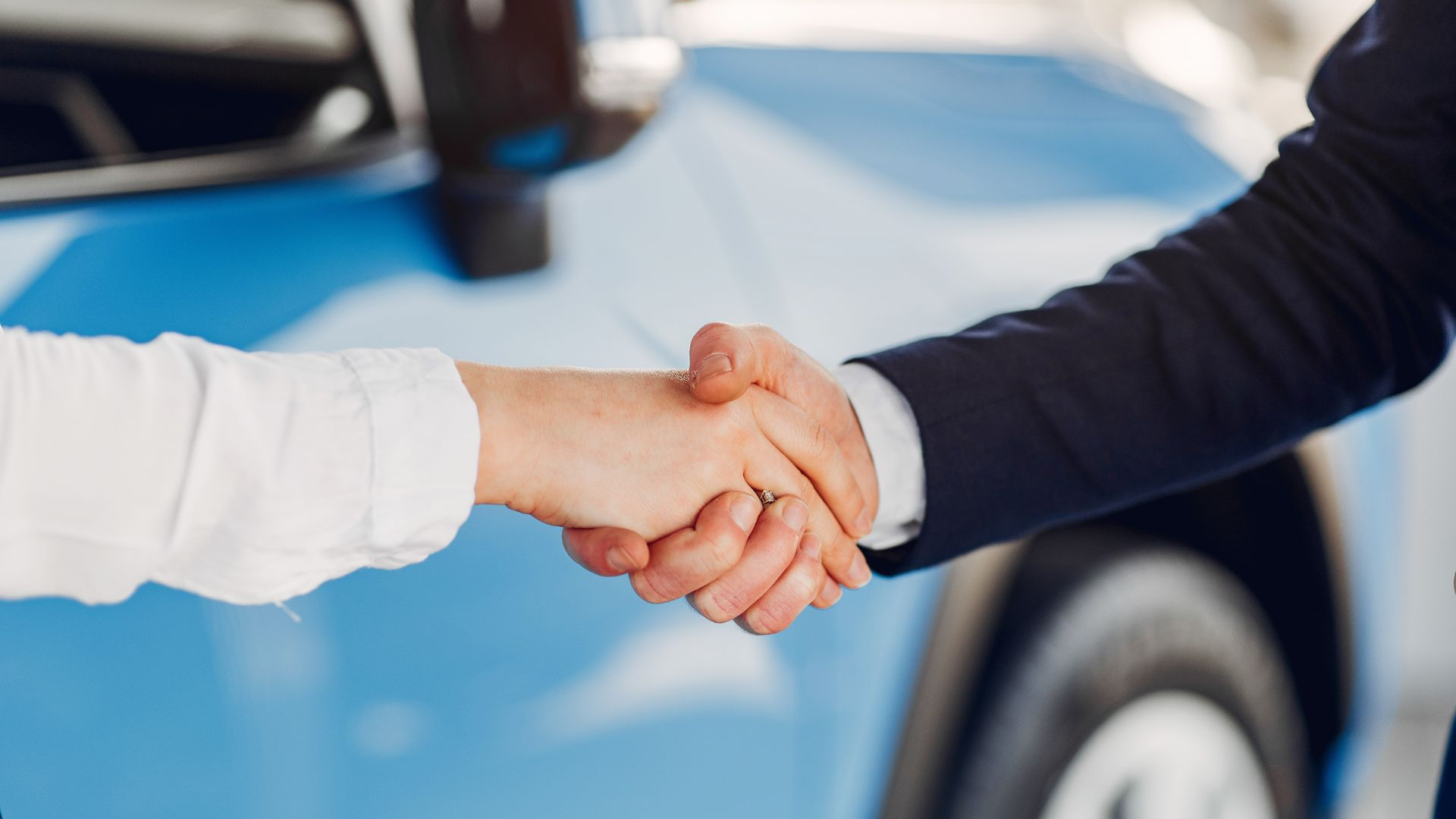 Auto Trader record consumer interest